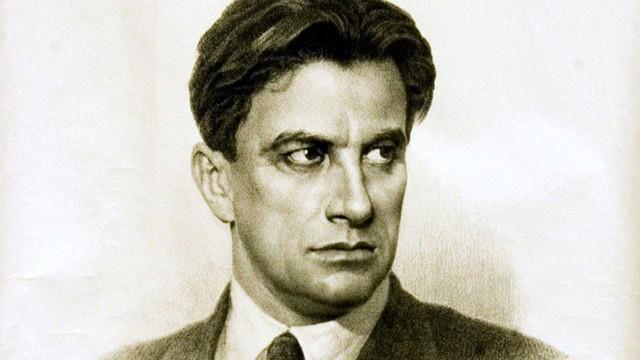 Маяковский продолжал слать цветы возлюбленной даже после своей смерти