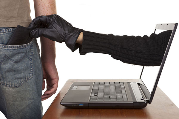 Самые скандальные обманы в Интернете
