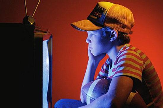 Один час у телевизора делает жизнь на 22 минуты короче