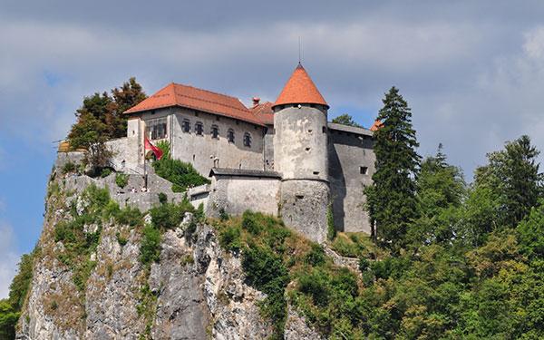 Самые неприступные крепости и замки Европы
