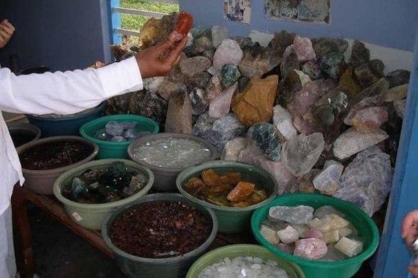 20 занимательных фактов о драгоценных камнях