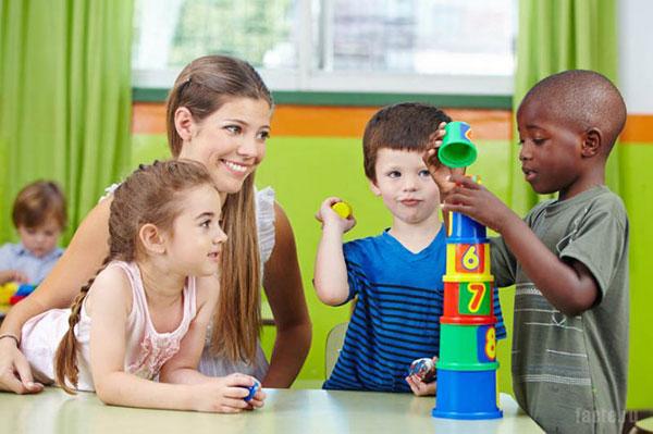 10 фактов о том, как правильно воспитывать детей