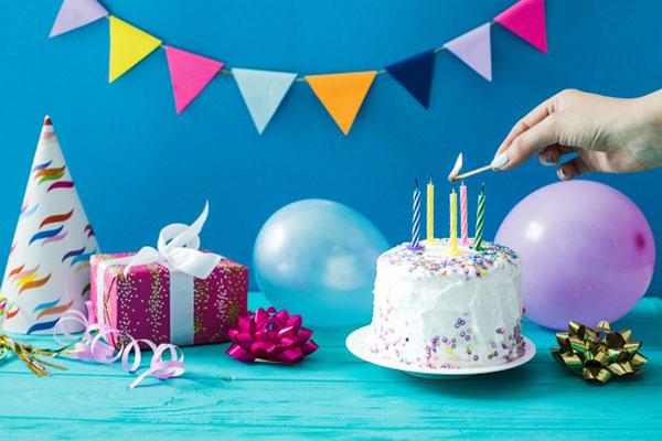 Когда придумали отмечать день рождения
