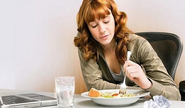 Правда ли, что нельзя пить воду во время еды?