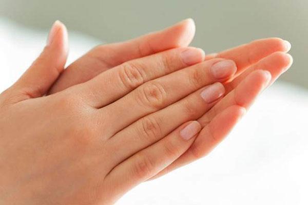 Как руки выдают возраст женщины новые фото