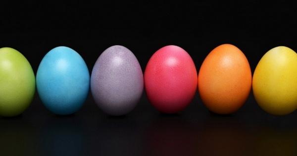 Почему мы красим яйца на Пасху